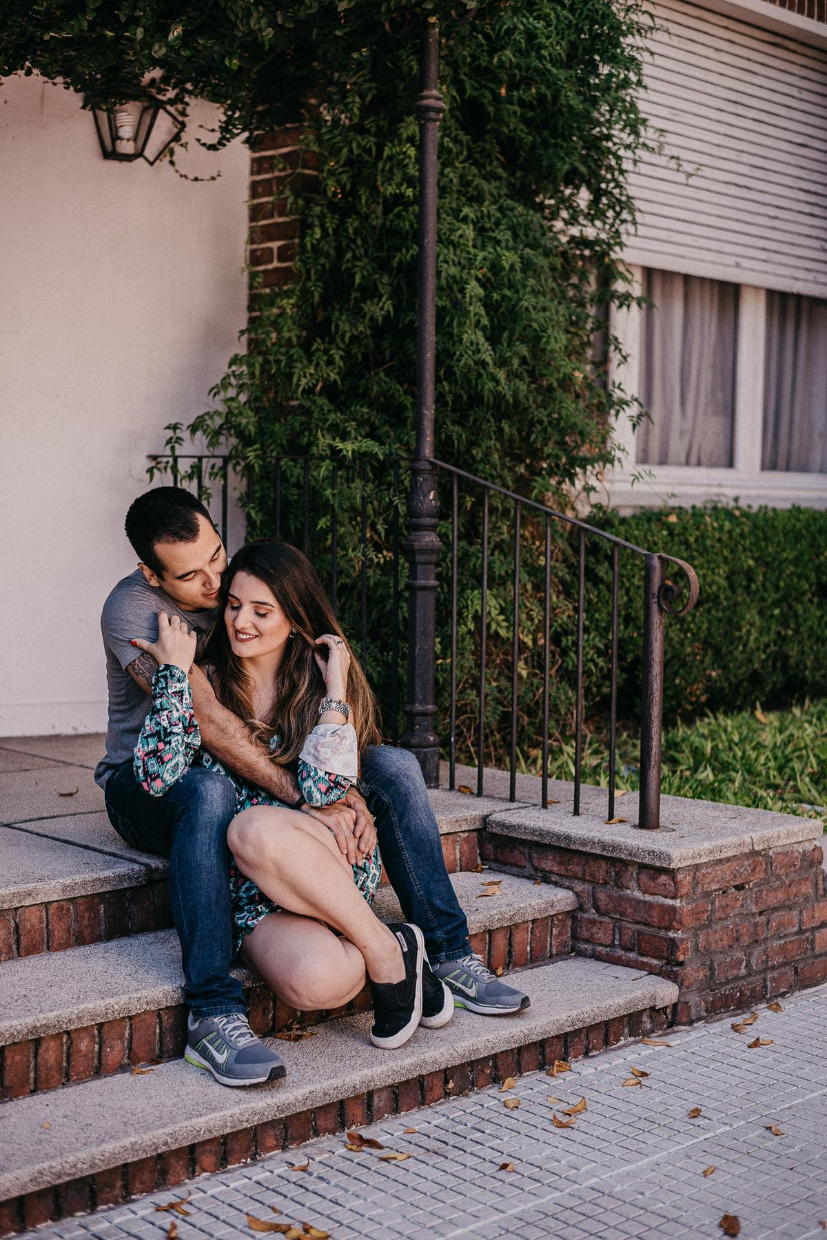 fotografia de casal ensaio pre casamento internacional pre wedding na argentina noivos sorrindo ruas de buenos aires por caio henrique