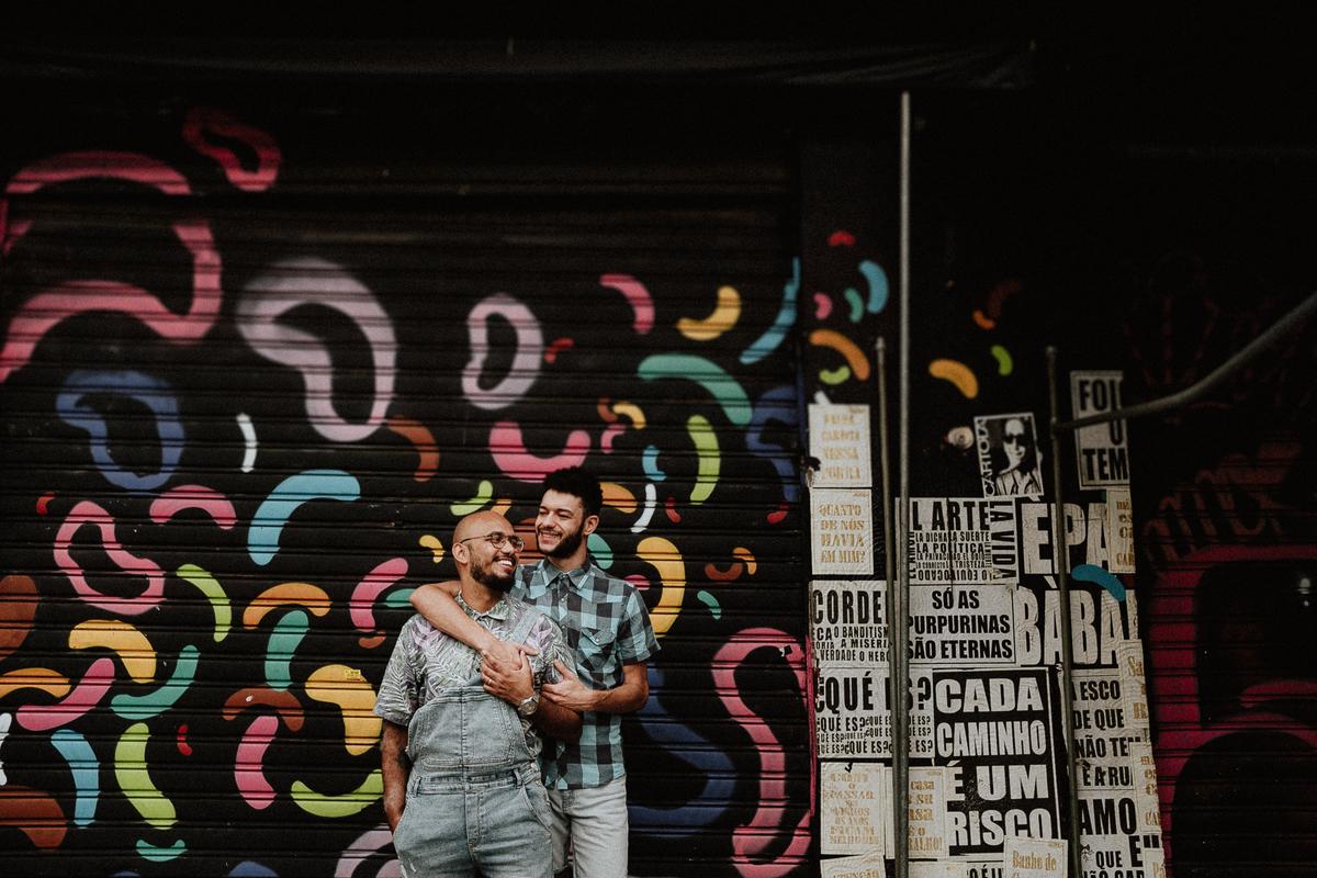 ensaio no centro da cidade fotografos de casamentos fotografia homo afetiva fotos por caio henrique