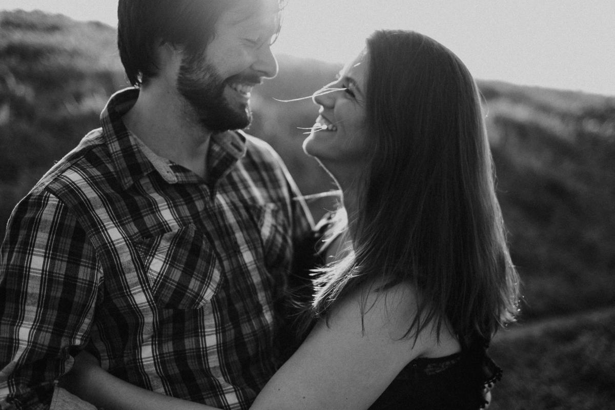 fotografias naturais fotografos de casamentos de dia fotos por caio henrique ensaio pre wedding ensaio pre casamento no campo fotografia preto e branco fotos artisticas