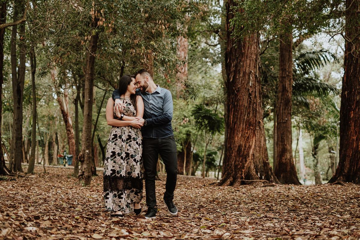 ensaio pre casamento fotografos de sao paulo ensaio no campo ensaio casal fotografos de casamentos autenticos elopement