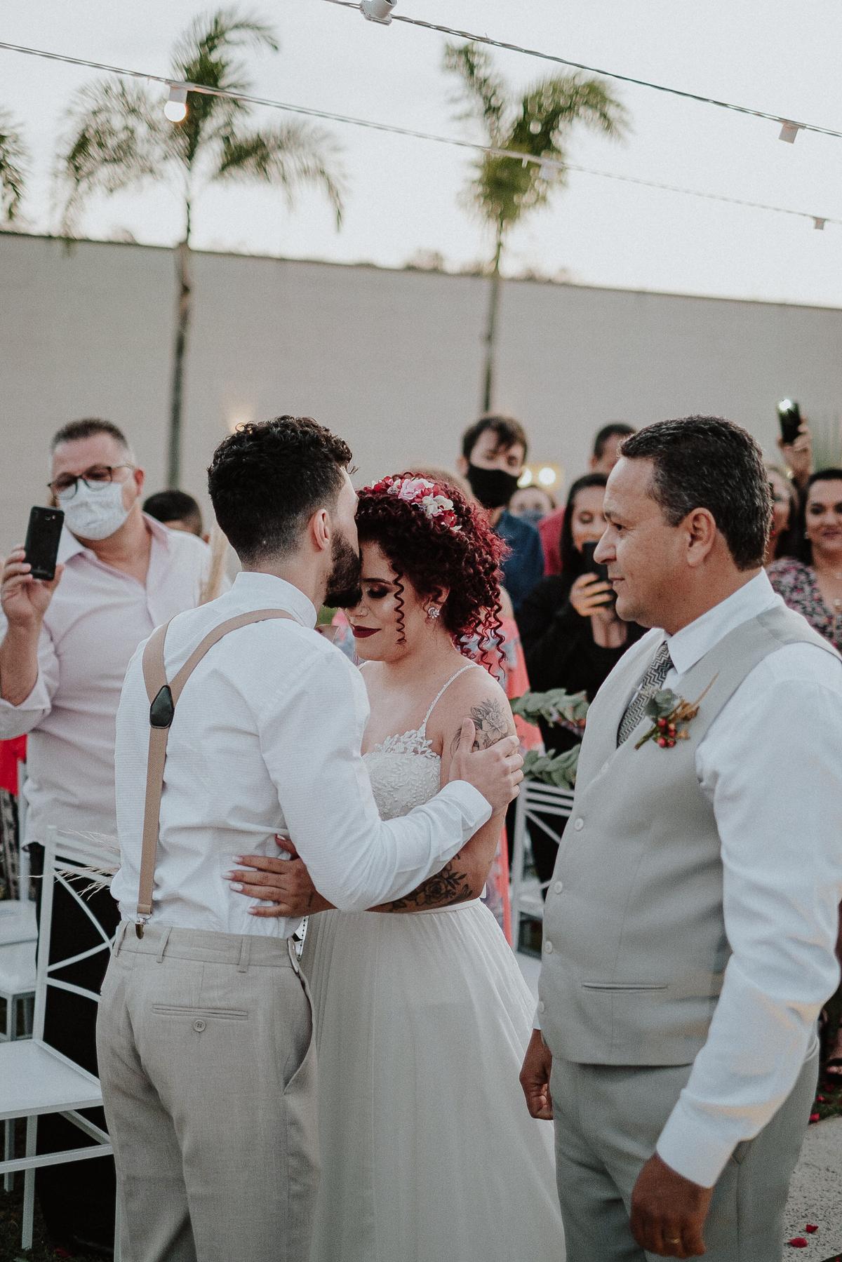 vestido de noiva casar no campo rancho verde eventos campinas fotos por caio henrique ch  entrada da noiva elopement wedding
