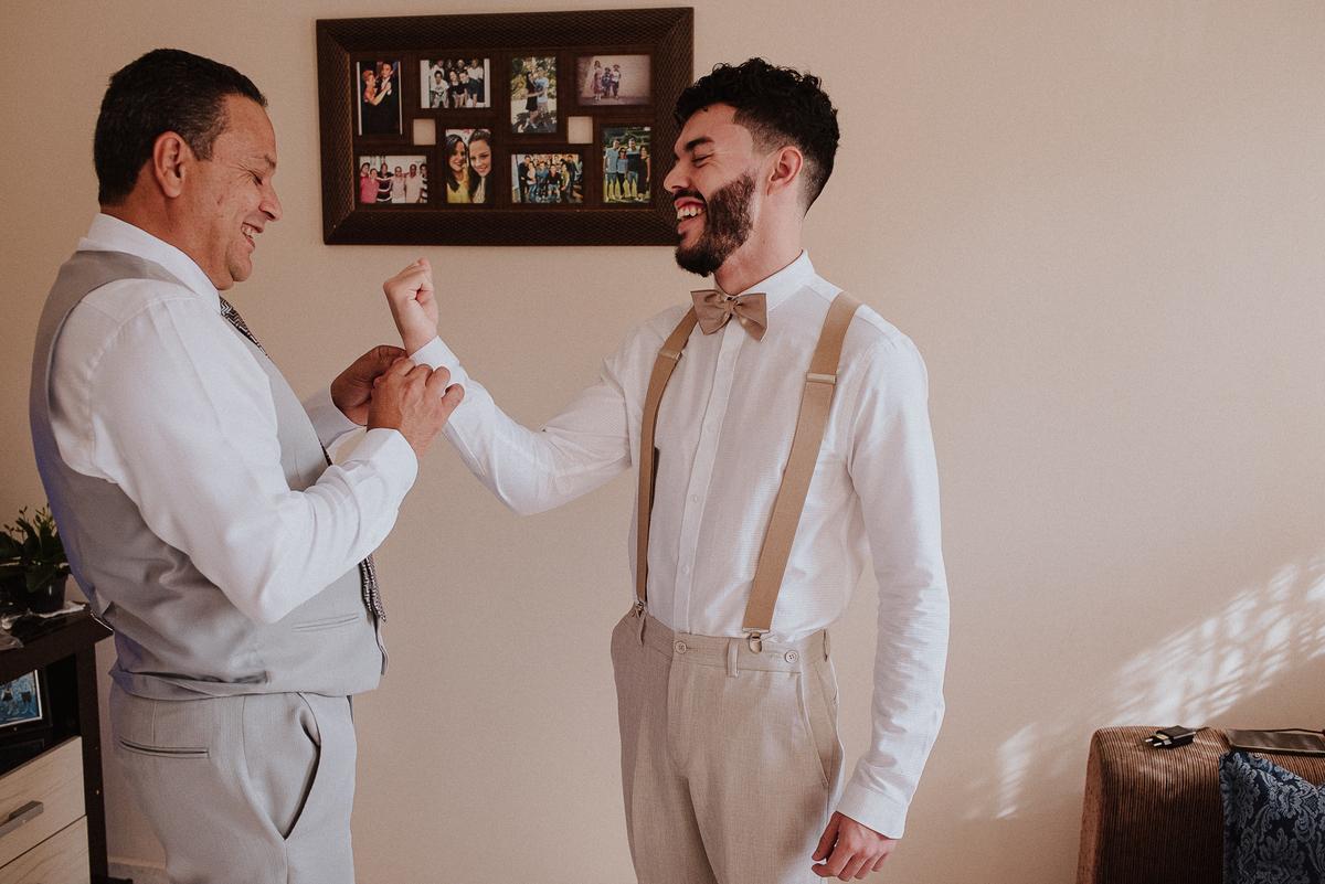 casamentos de dia fotografia de casamento noivas de campinas fotografos de casamento dia do noivo  noivo com os padrinhos