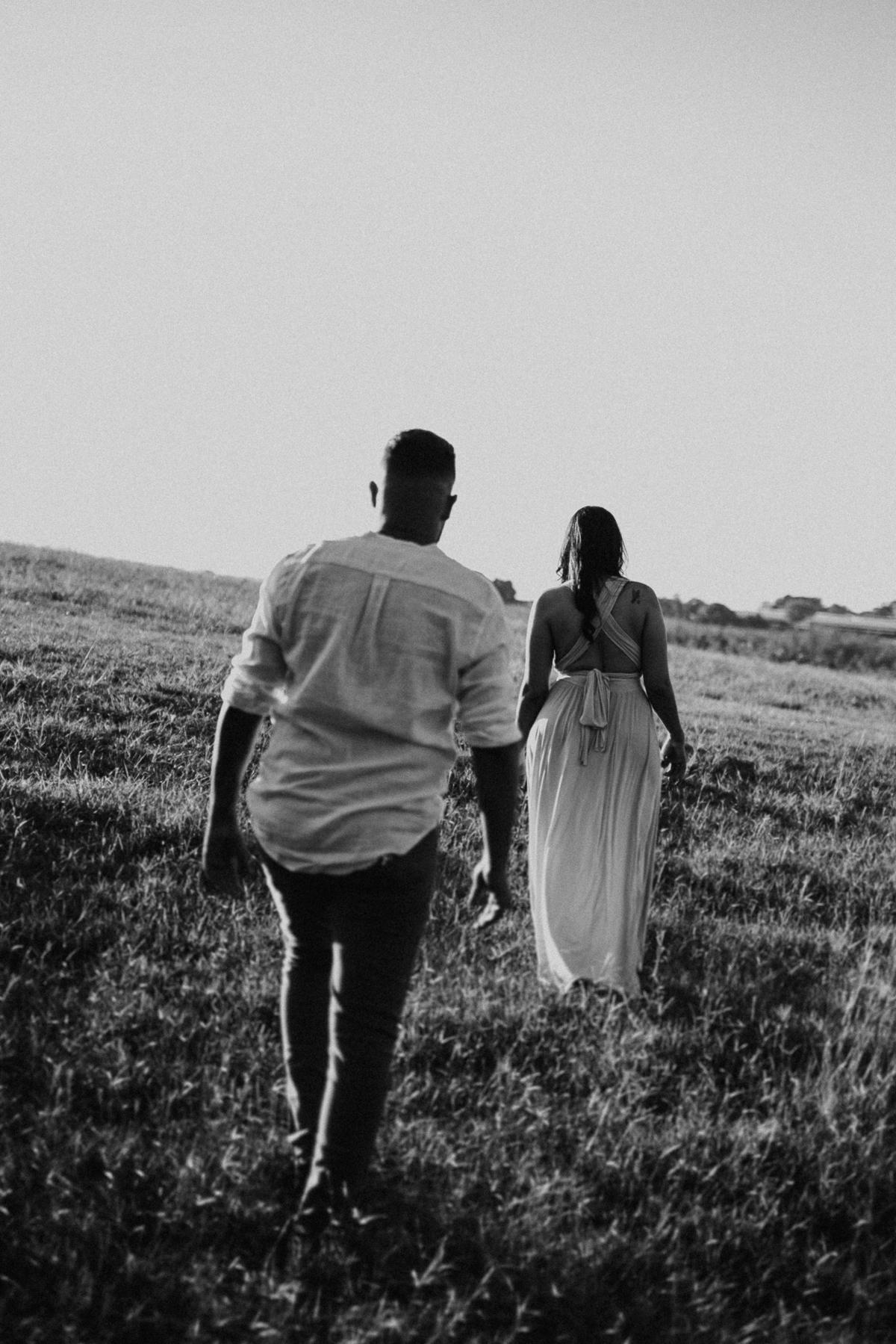 ensaio no campo pre wedding em holambra fotos de pre casamento de dia fotos por caio henrique ensaio fim de tarde