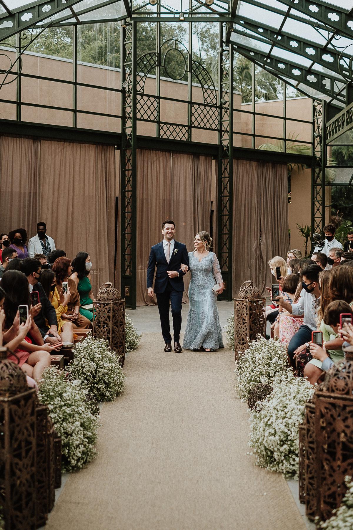 casamento de dia ao ar livre elopement wedding mini casamento fotografos de casamento  entrada do noivo fotos por caio henrique