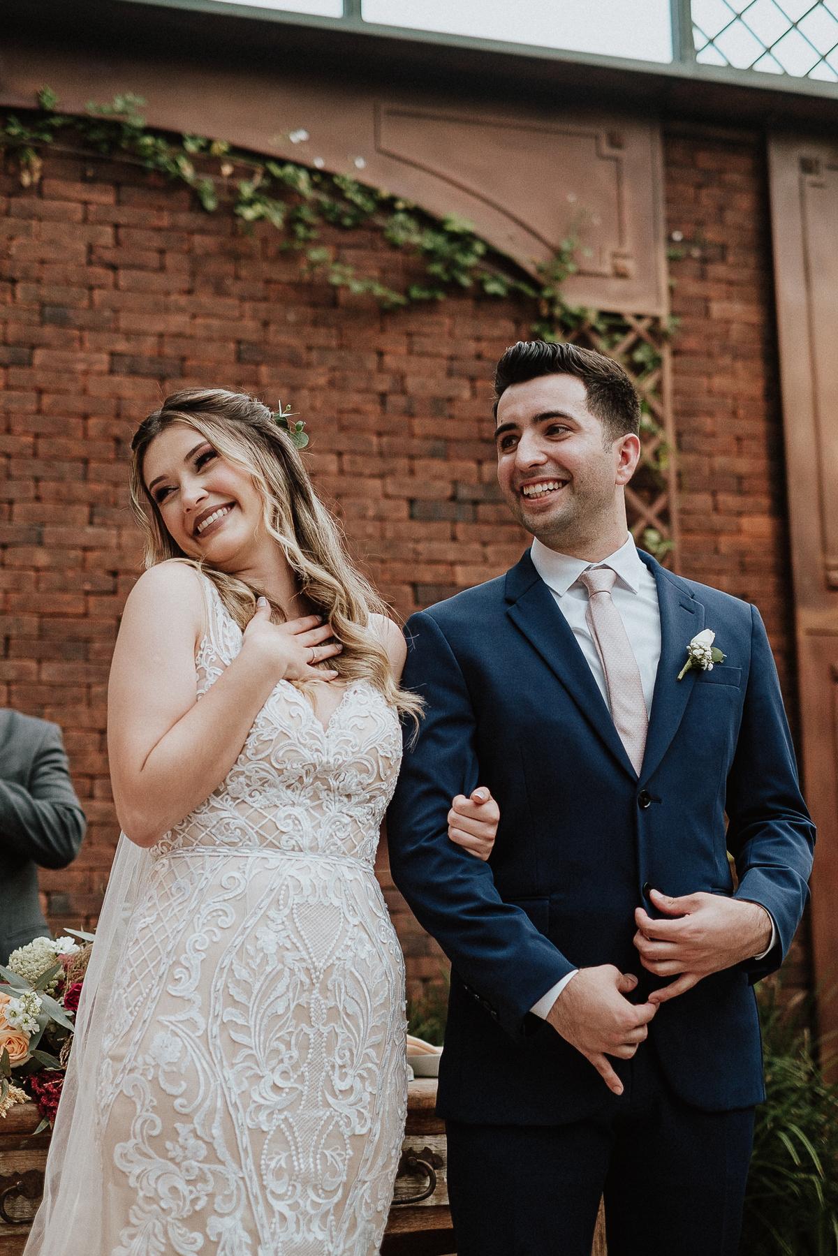 fotos por caio henrique cerimonia no campo sitio sao jorge casamento cristao entrada das aliancas