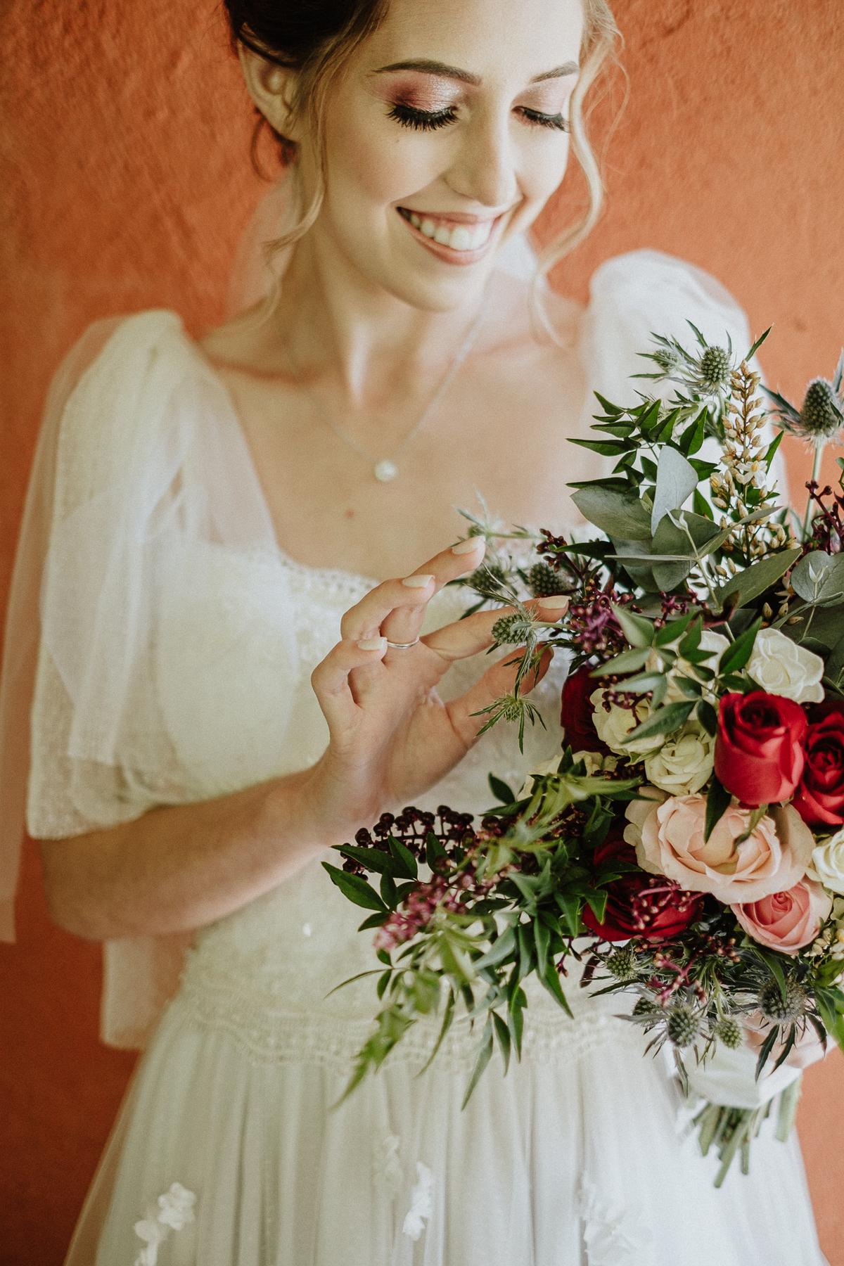 vestido de noiva casamentos de dia no campo em mairipora fotografoa de casamento casamentos de dia elopement buque de noiva