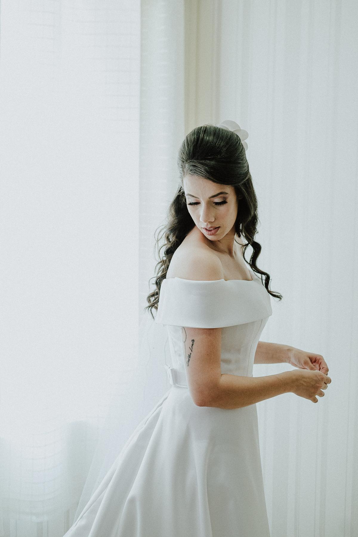vestido de noiva fotografia de casamento elopement wedding casamentos ao ar livre  retrato de noiva