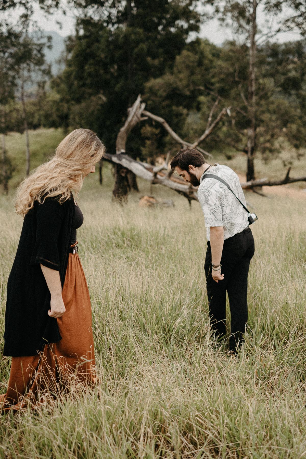 ensaio pre casamento ensaio autoral noivos artistas elopement pirapora do bom jesus por caio henrique  casar no campo ensaios intimistas
