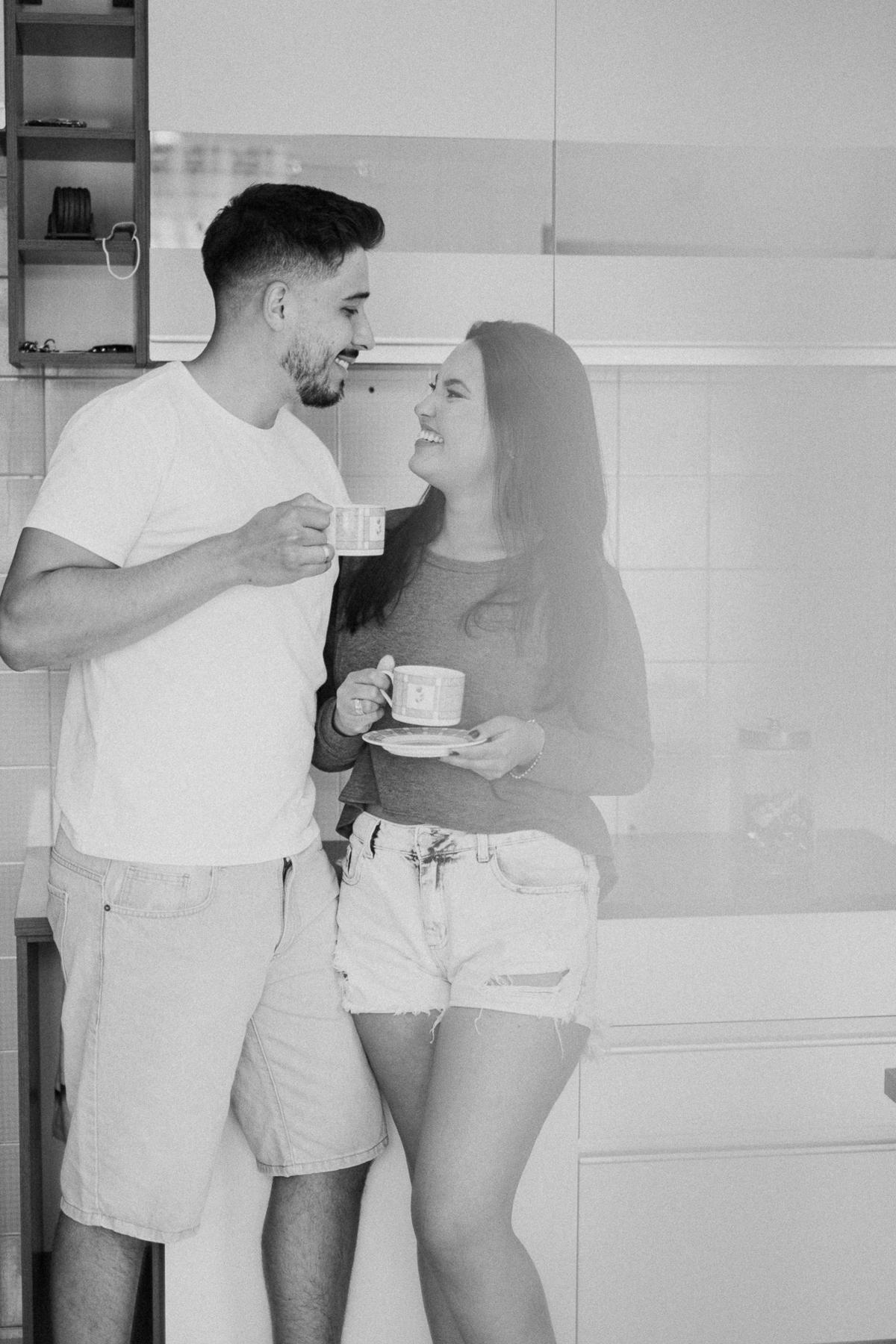 ensaio casal ensaio pre wedding fotos em casa ideias para ensaio fotografia de casamento cafe da manhã