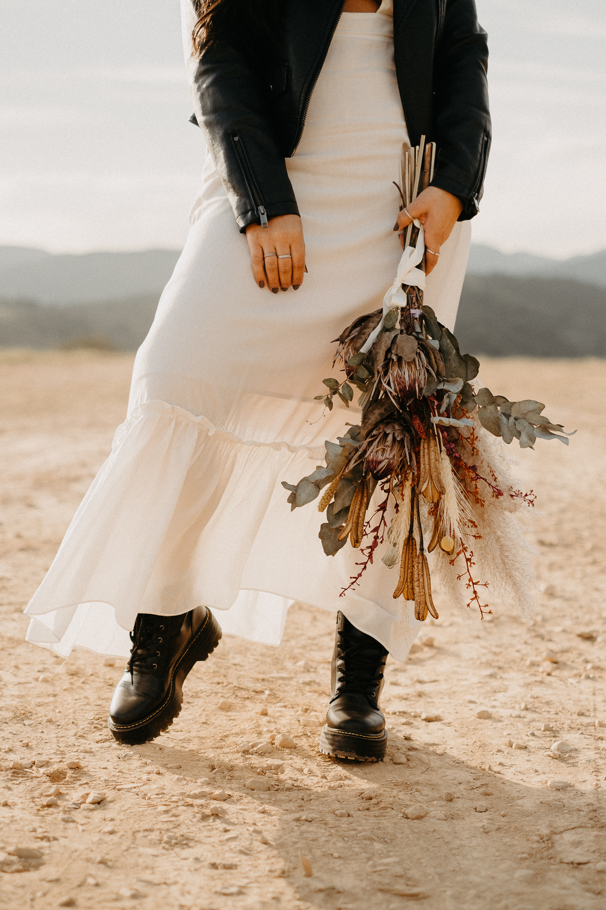 vestido de noiva buque desconstruido casamentos no campo cerimonia intimista fotografos autenticos