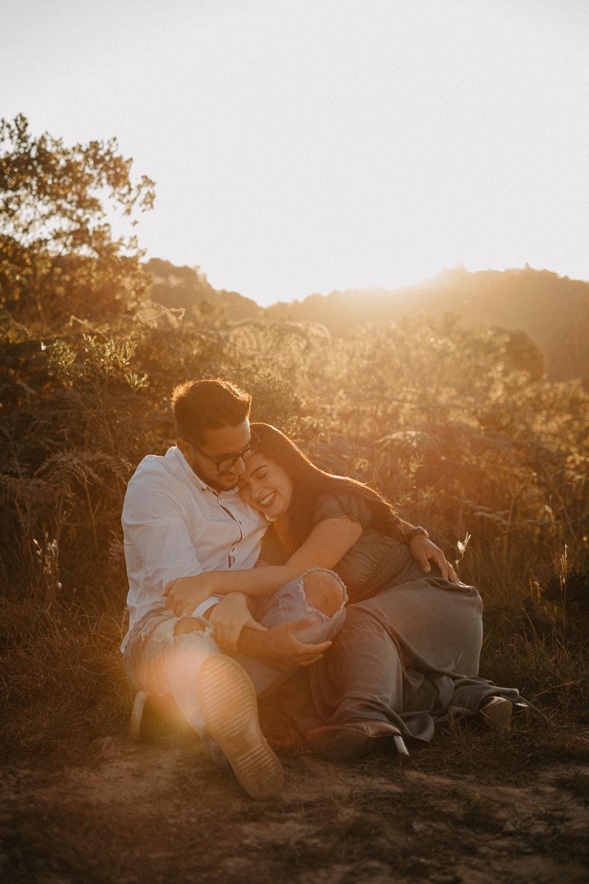 ensaio no campo casamentos de dia fotografia de casamento pre wedding no por do sol por caio henrique fotografo de casamento elopement wedding inspiracao de noivas