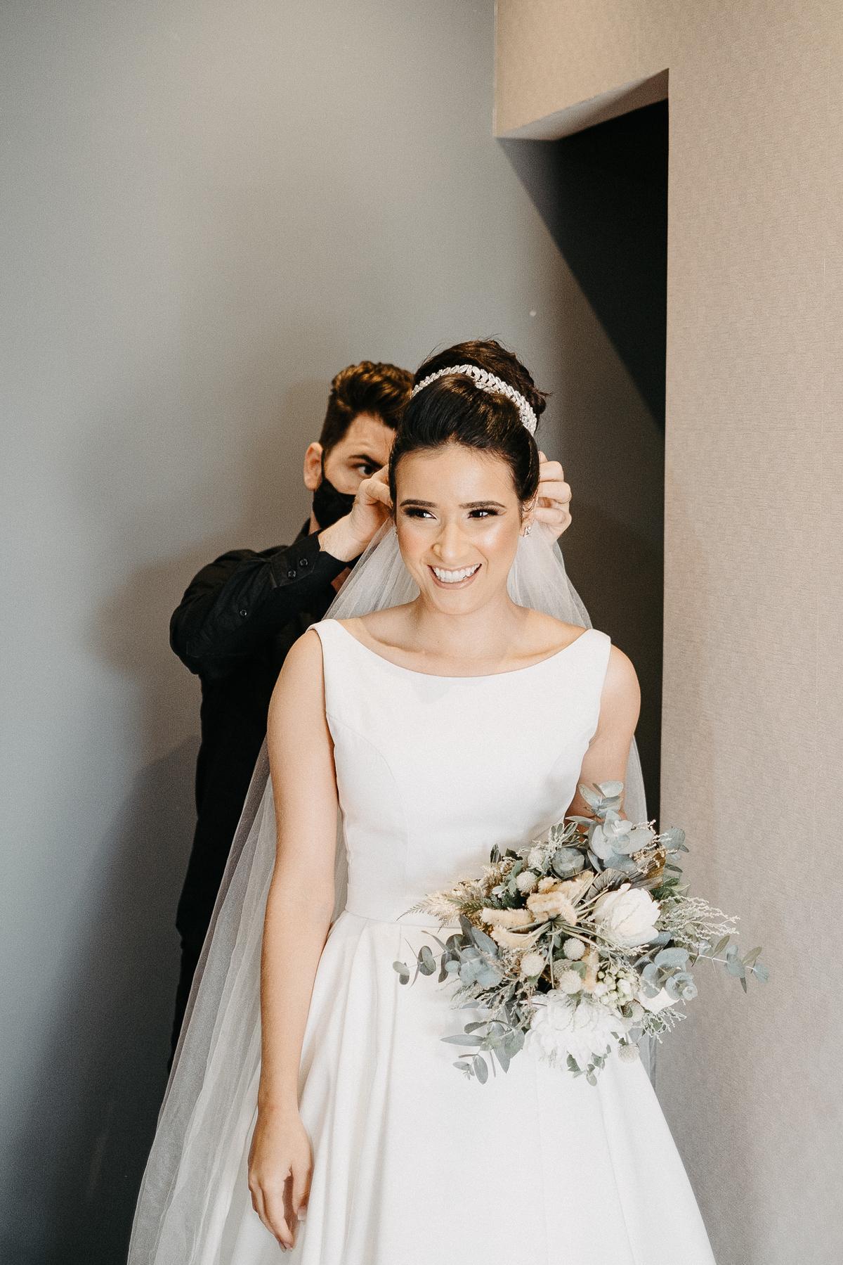 vestido de noiva casamentos de dia cerimonia intimista casamentos no campo mini wedding vestido de noiva fotografos de casamento veu de noiva making of