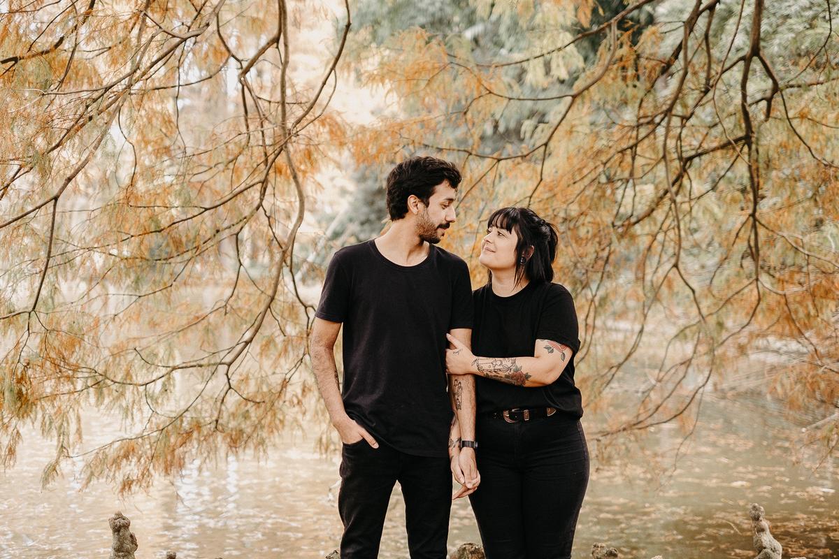 ensaio casal no parque horto florestal sao paulo fotos por caio henrique fotografo de casamentos zona leste pre wedding casamentos de dia
