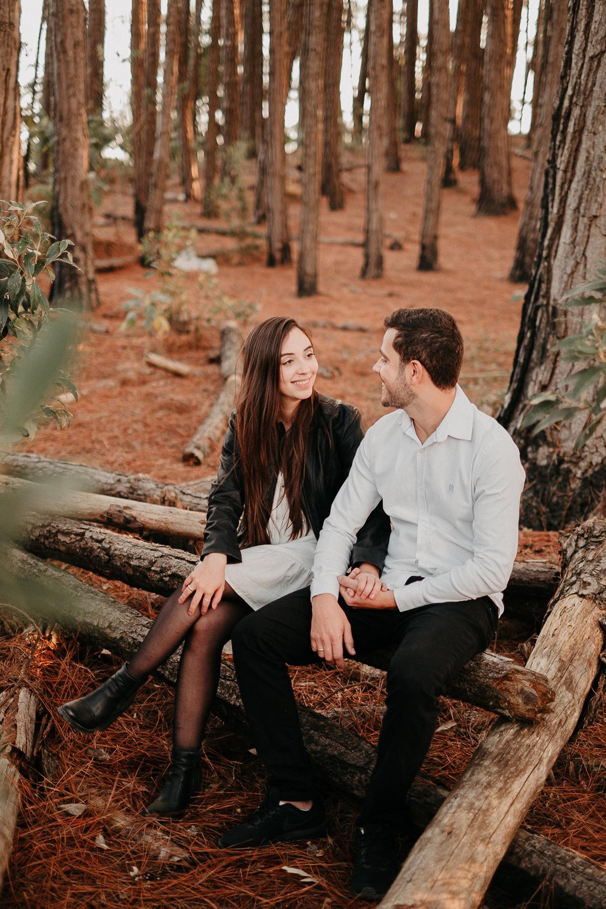 ensaio casal na floresta pre wedding em campos do jordao casamentos de dia ideias de ensaio casal pre casamento