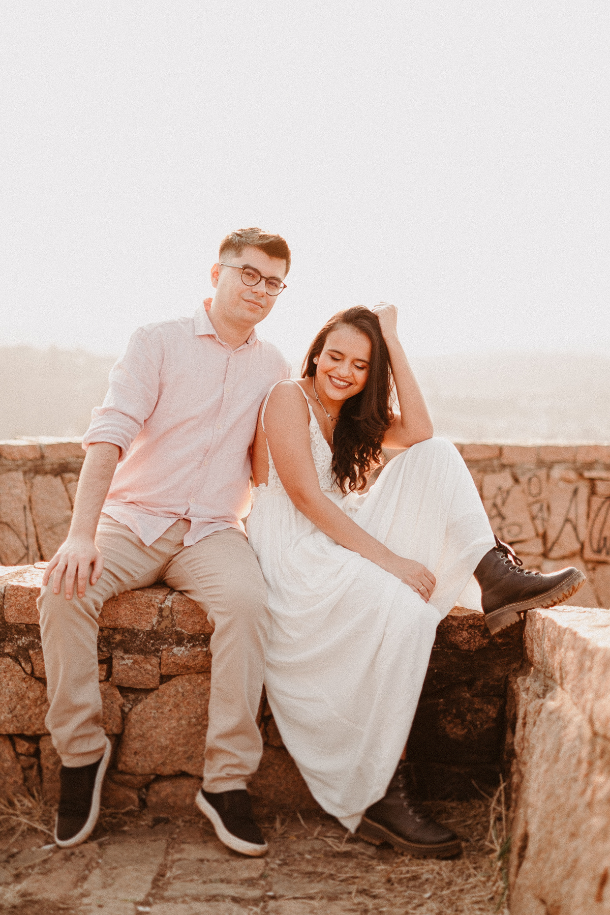 fotografia de casamento por caio henrique casal nordestino cerimonias de dia casamentos aracaju pre wedding morro do capuava por do sol noiva de botas