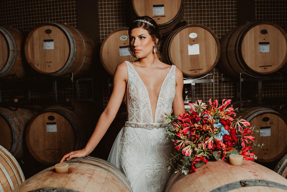 Imagem capa - Você sabe qual o significado do buquê da noiva? por Junior Prado