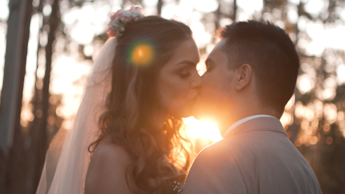 Imagem capa - Filmagem de casamento de Angela e Andriws por Morandi Fotocinegrafia