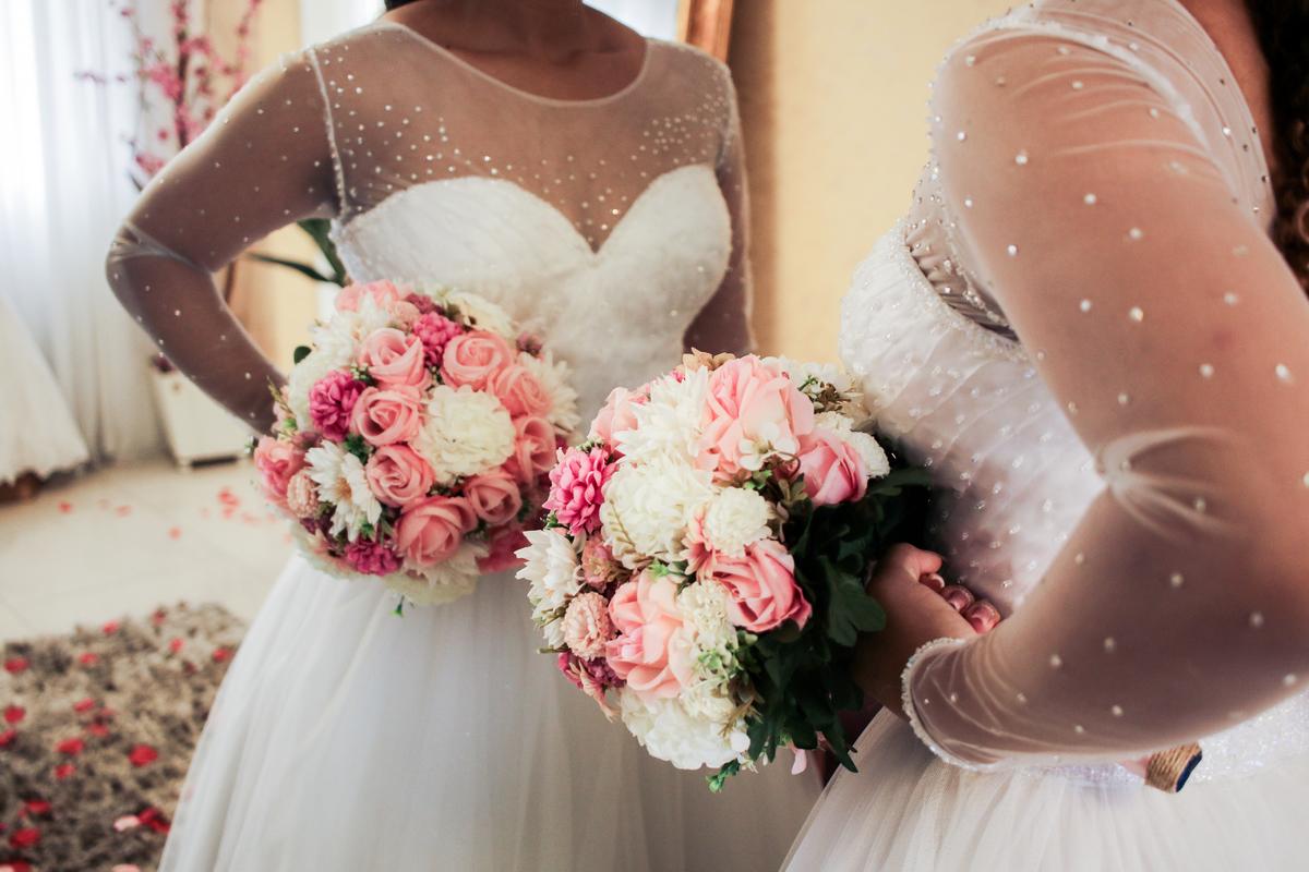 Imagem capa - Buquê de noiva artificial que parece real: é possível e ecológico por Rodrigo Amaro