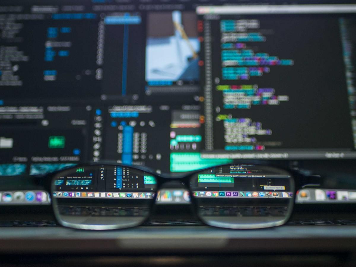 Imagem capa - A análise de dados vai revolucionar o mercado! por Camila Farani