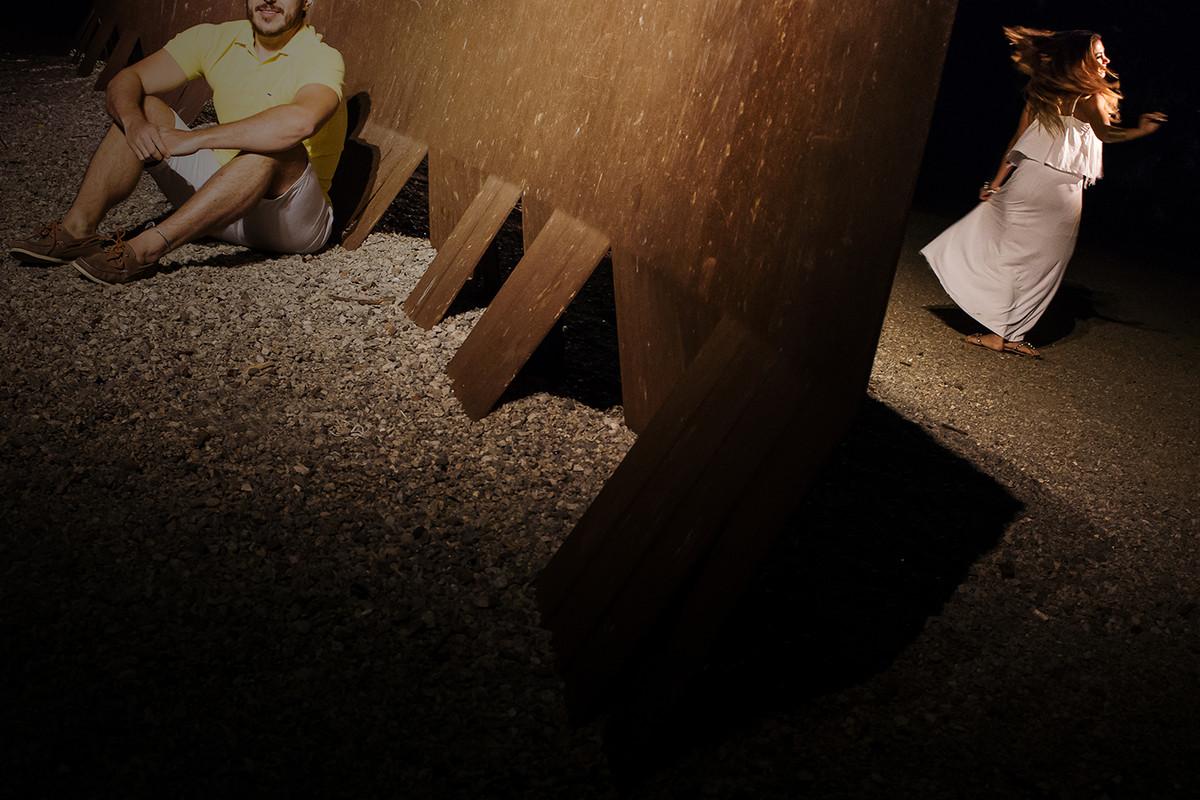noiva-dança-de-um-lado-foto-do-ws-curso-fotografia-workshop-estetica-e-momento