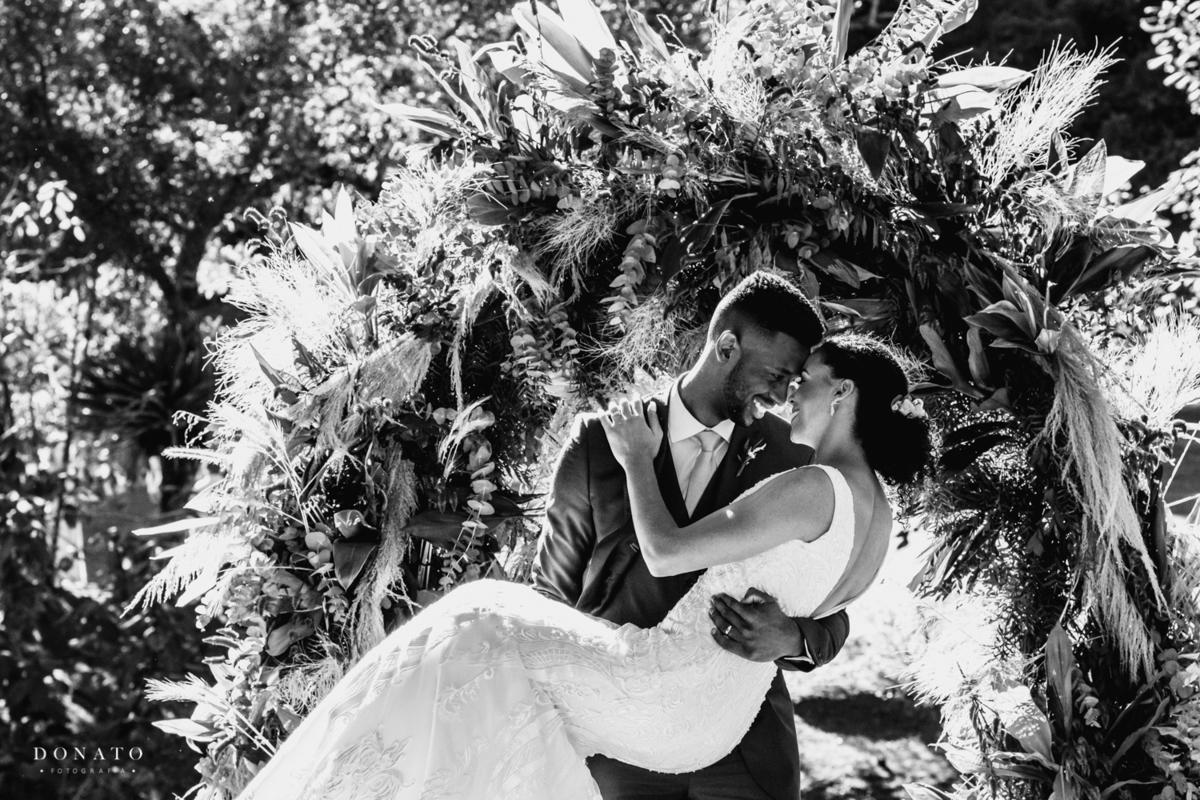 Imagem capa - Como sair bem nas fotos do seu casamento. por Leandro Donato Fotografia