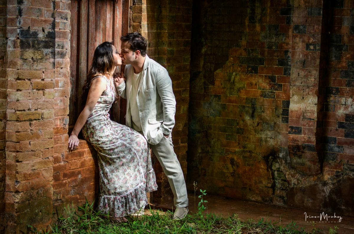 Imagem capa - Você sabe como funciona um ensaio pré-wedding? por irineu everson munhoz