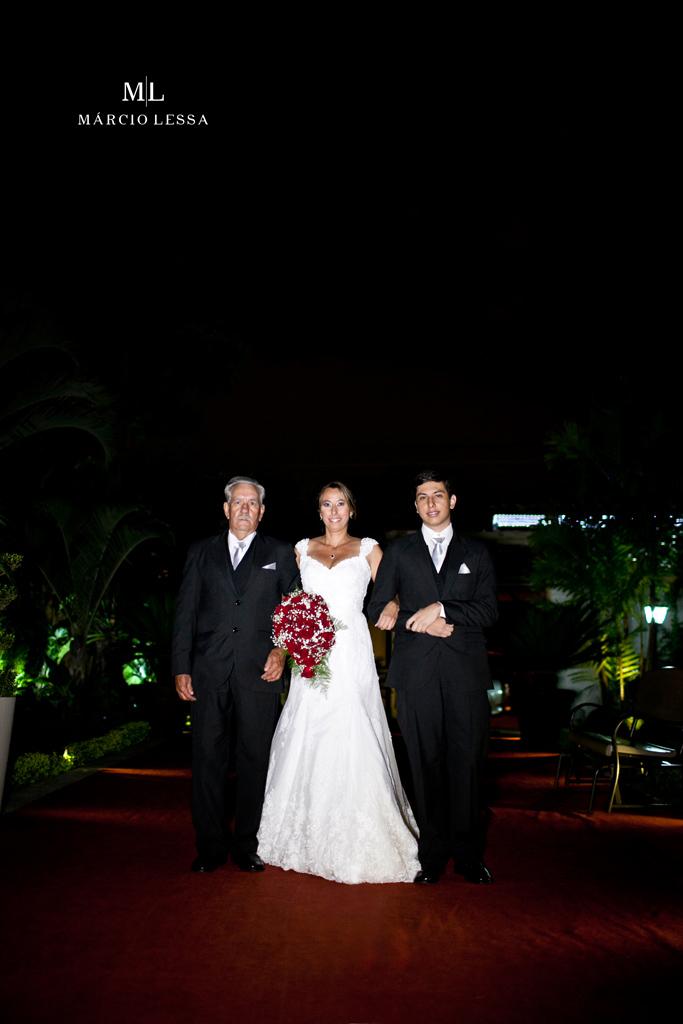 Lá vem a noiva! | Casamento na Lofty Kingdom Eventos, Rio de Janeiro, RJ, por Márcio Lessa | Fotografia