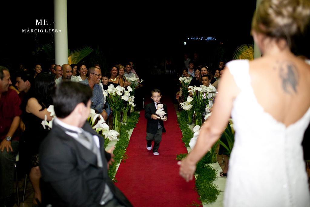 E lá vem as alianças! Casamento na Lofty Kingdom Eventos, Rio de Janeiro, RJ, por Márcio Lessa | Fotografia