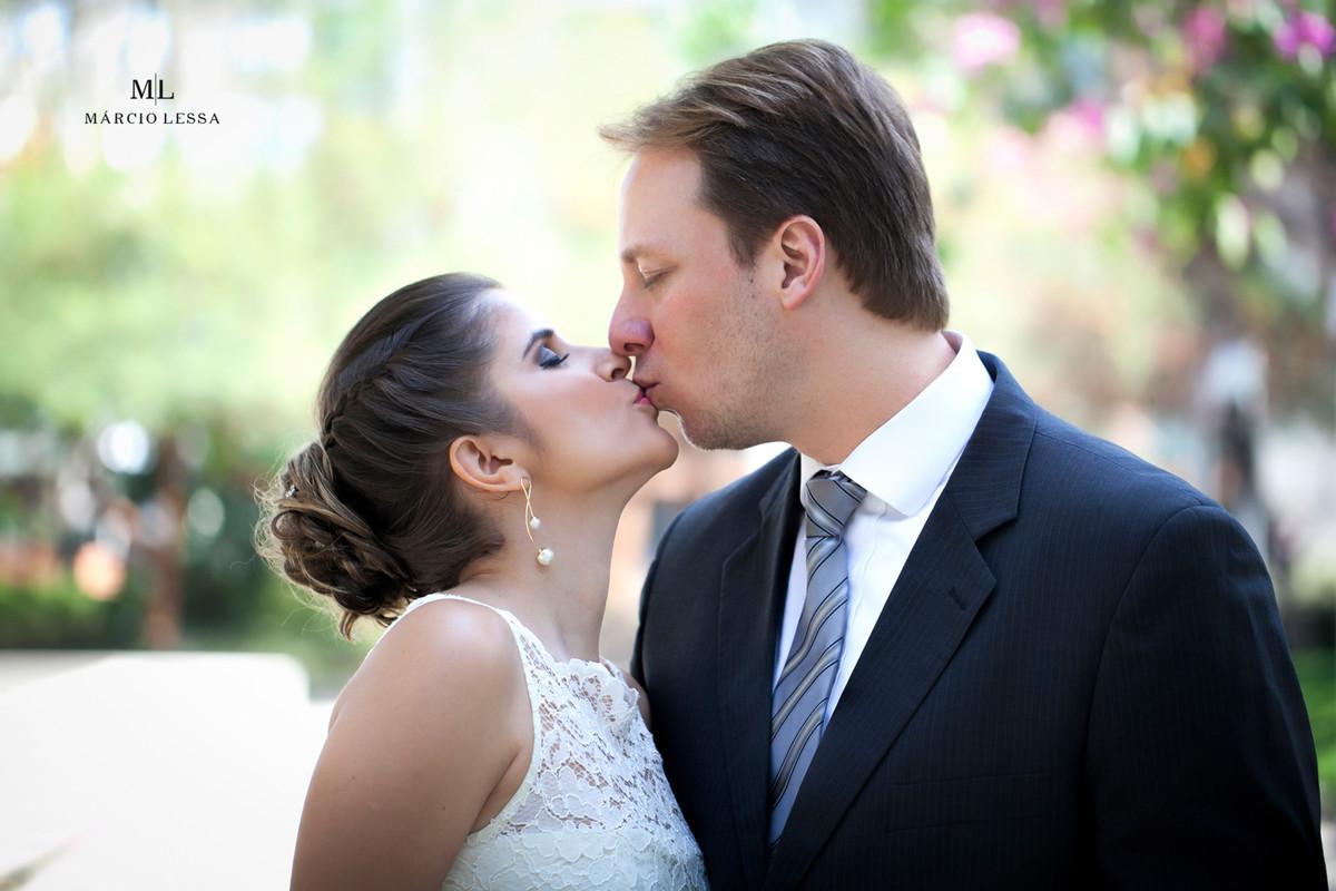 O beijo dos noivos | Casamento Civil no Shopping Downtown na Barra da Tijuca RJ