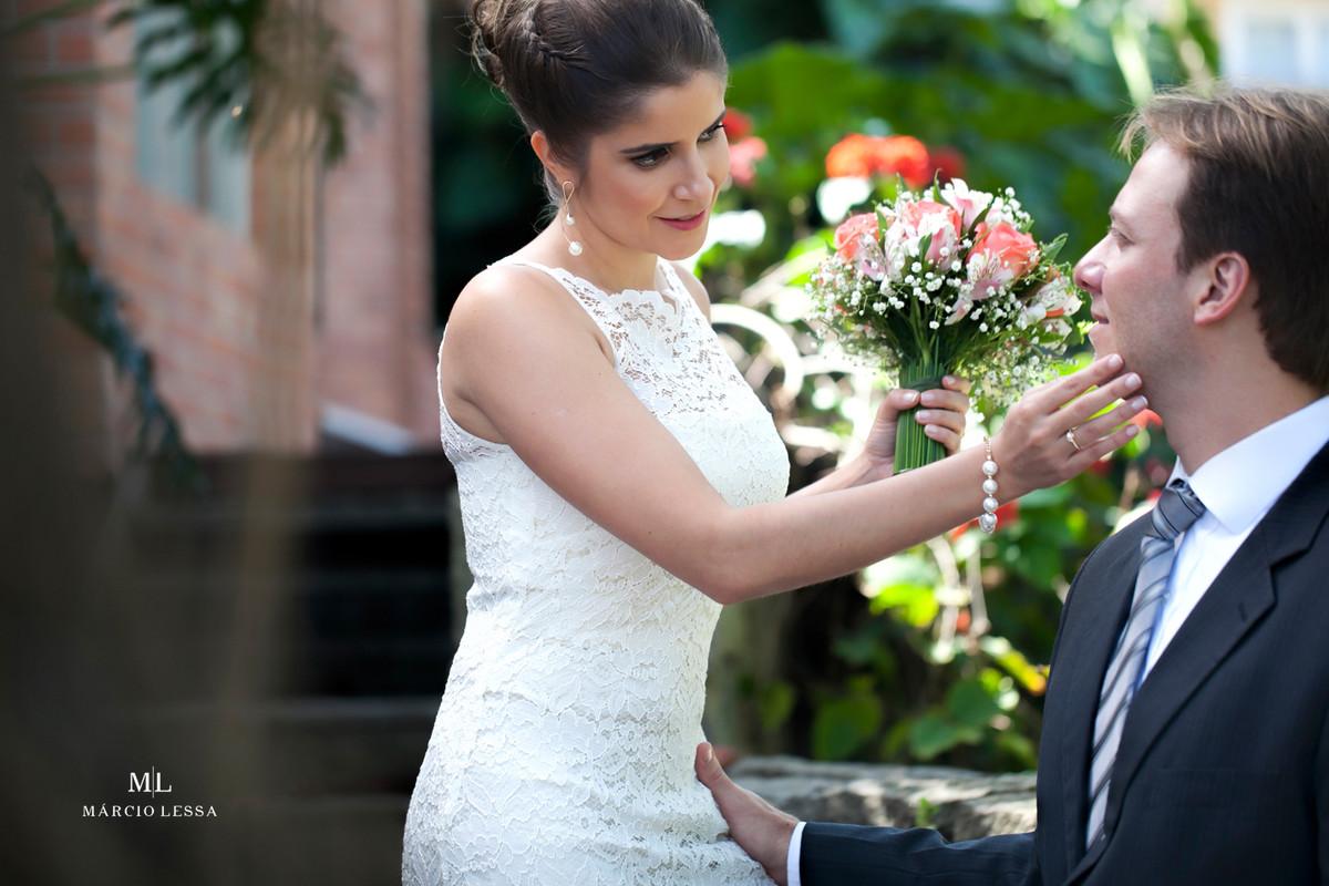O carinho, o toque, o Casamento Civil no Shopping Downtown na Barra da Tijuca RJ