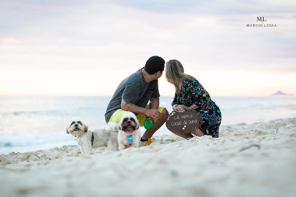 Chopinho e Cachacinha | os cachorros shihtzu na Praia da Barra da Tijuca RJ