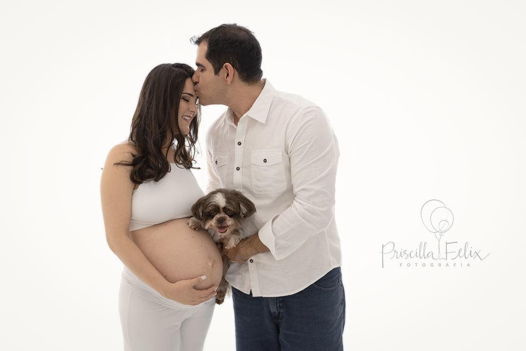 Imagem capa - Gestante e Pets - essa combinação pode ou não pode? por PRISCILLA FELIX FOTOGRAFIA