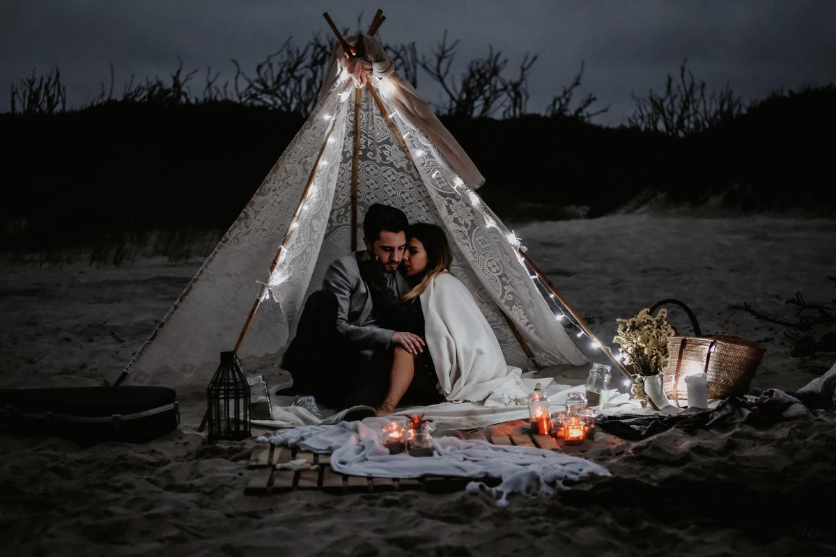 Imagem capa - Romantic Beach Elopement por Joaquim Fial