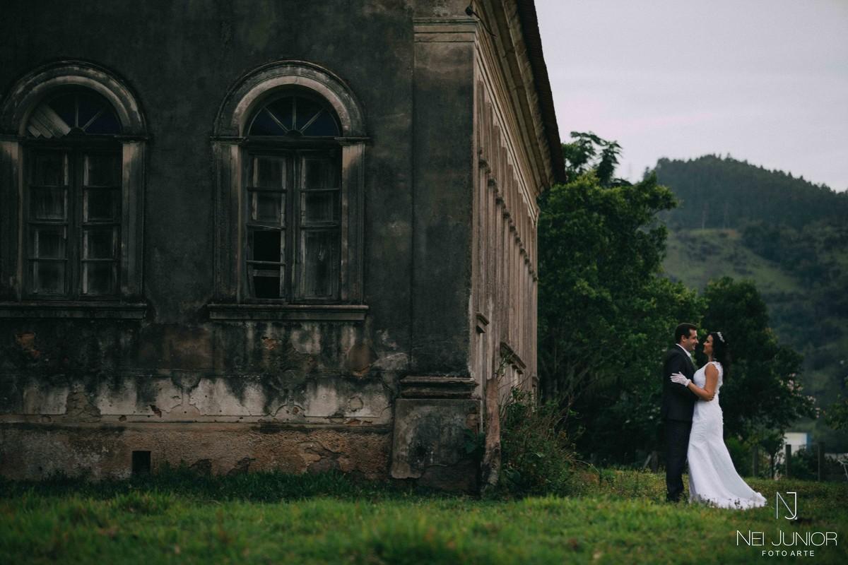 Foto de Trash the Dress - Lidi e Rangel