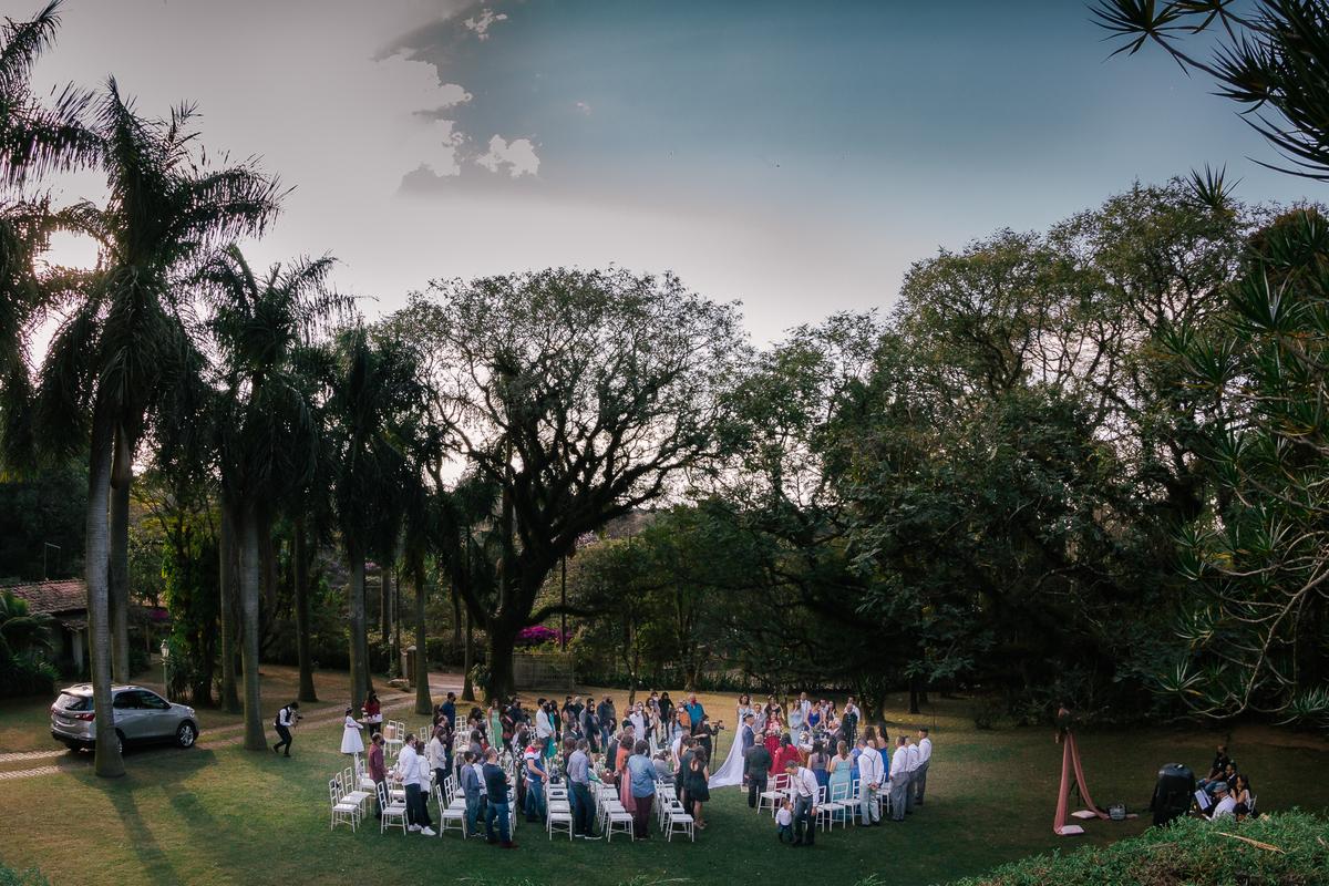 visao de um casamento lindo no campo casamento campo itatiba retratos foto e vídeo interior de sp