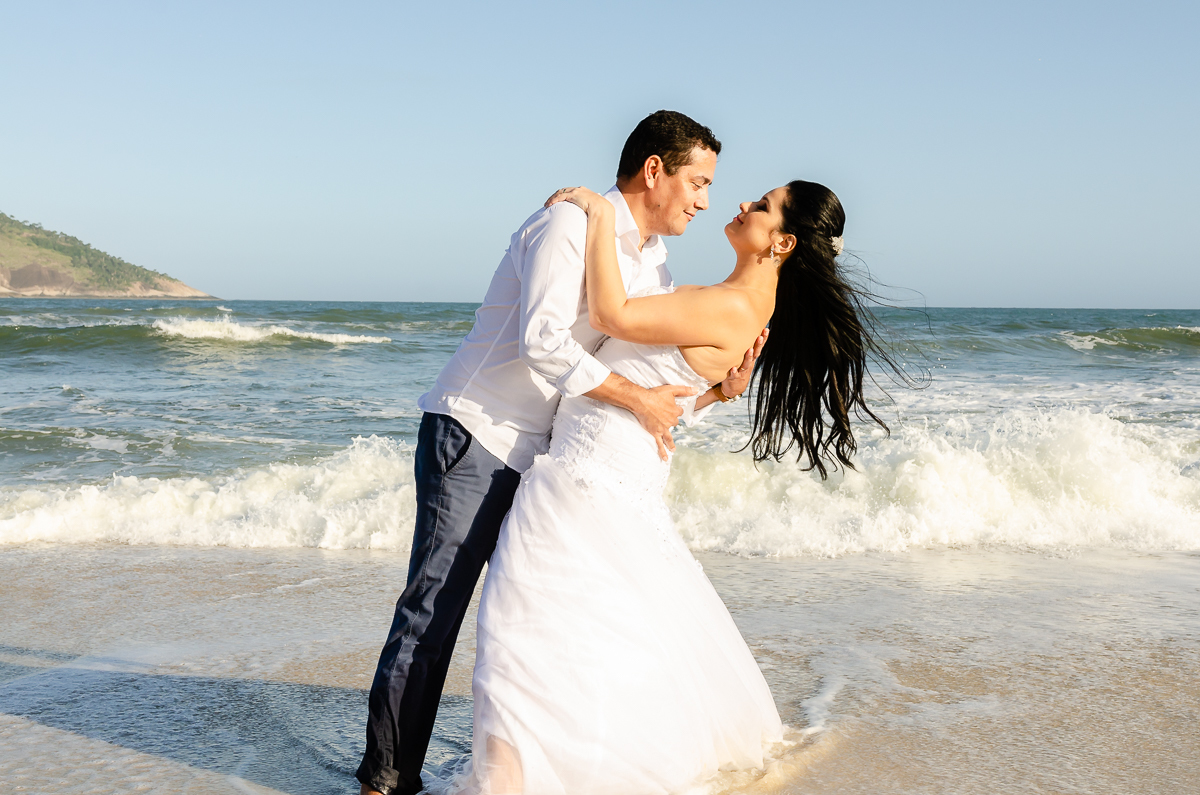 Imagem capa - Casamento na Praia - Tudo que você precisa saber  por Patricia Frochlich de Carvalho