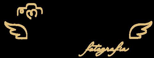 Logotipo de Adriana Mesquita