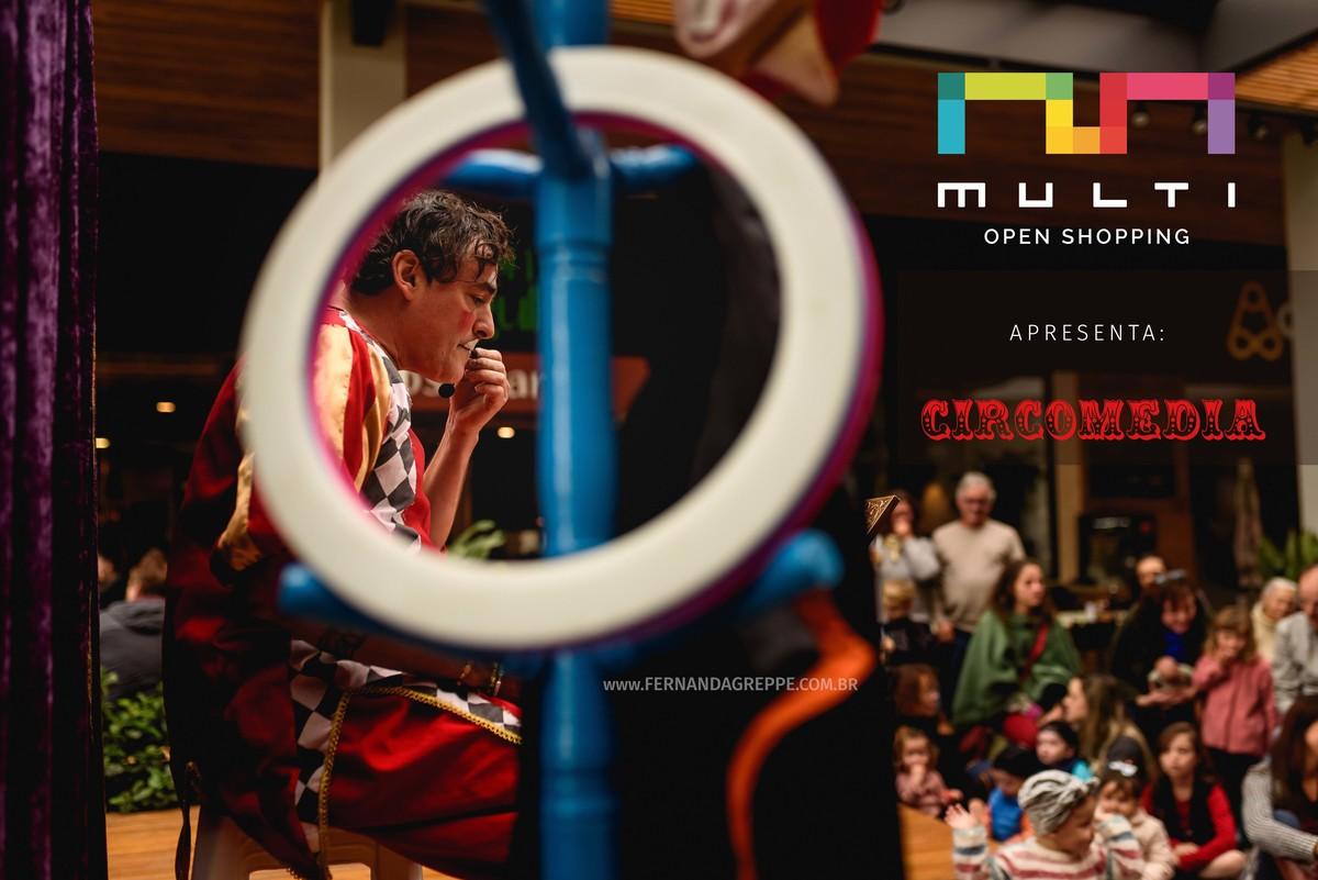 Imagem capa - Multi Open Shopping apresenta :: Circomedia do Circus Fever  por Studio Fernanda Greppe