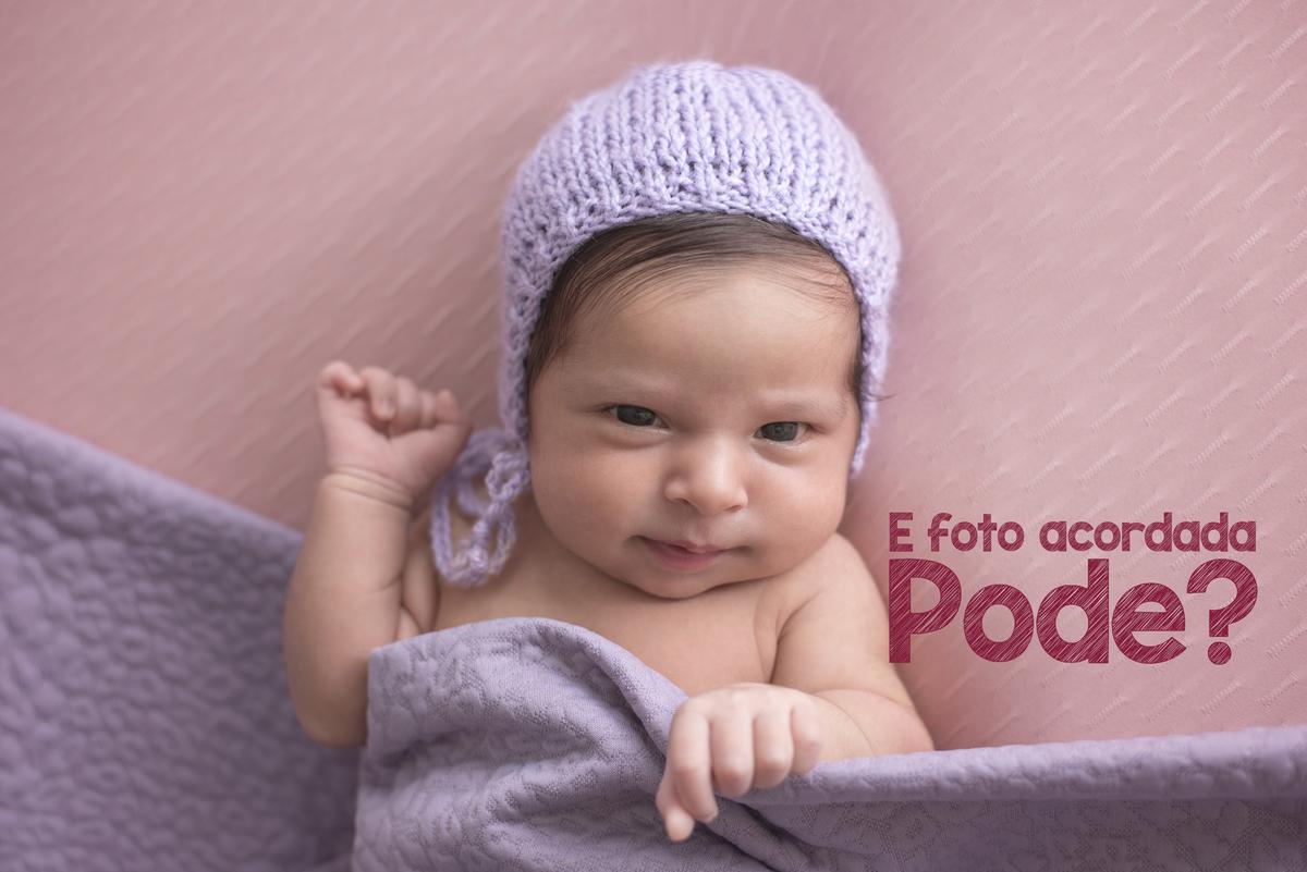 Imagem capa - Ensaio Newborn com bebê acordado? por RISOLETA DE CARVALHO HILARIO