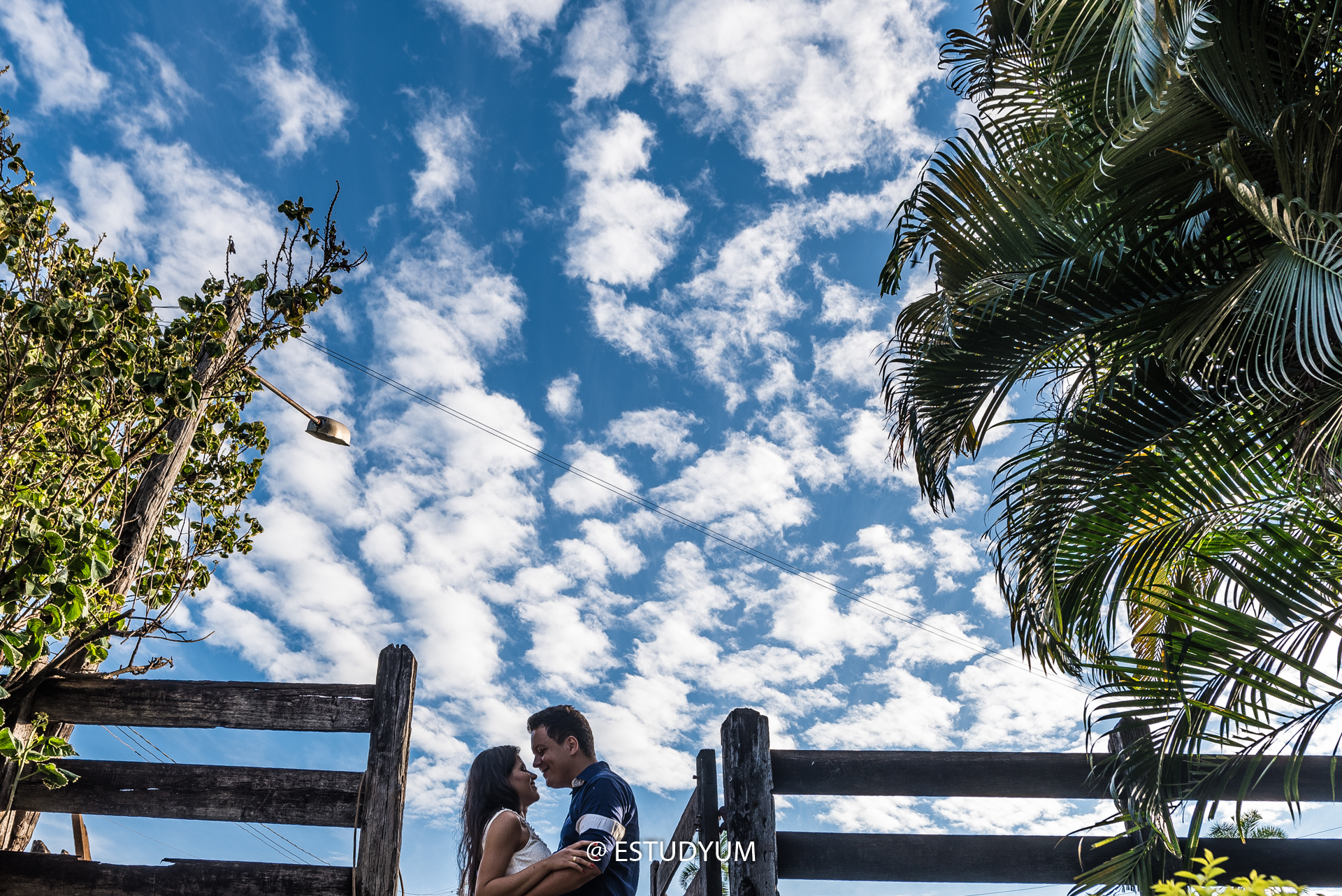 Imagem capa - Ensaio Romântico para o Casamento de Ubiratan e Rejane por Flavio Guilherme Pena Monteiro
