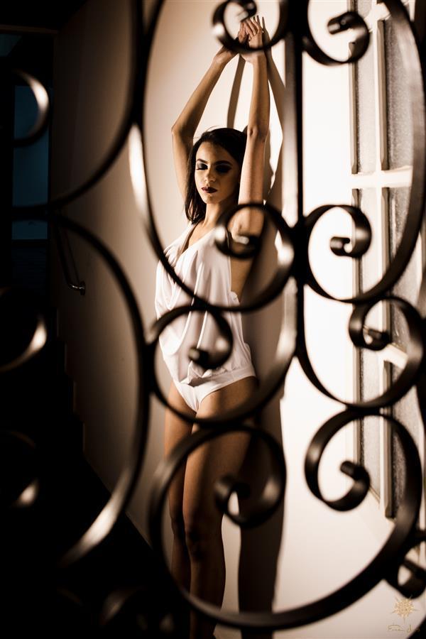 Ensaio feminino em Belo Horizonte, com esta linda modelo que transborda sensualidade.