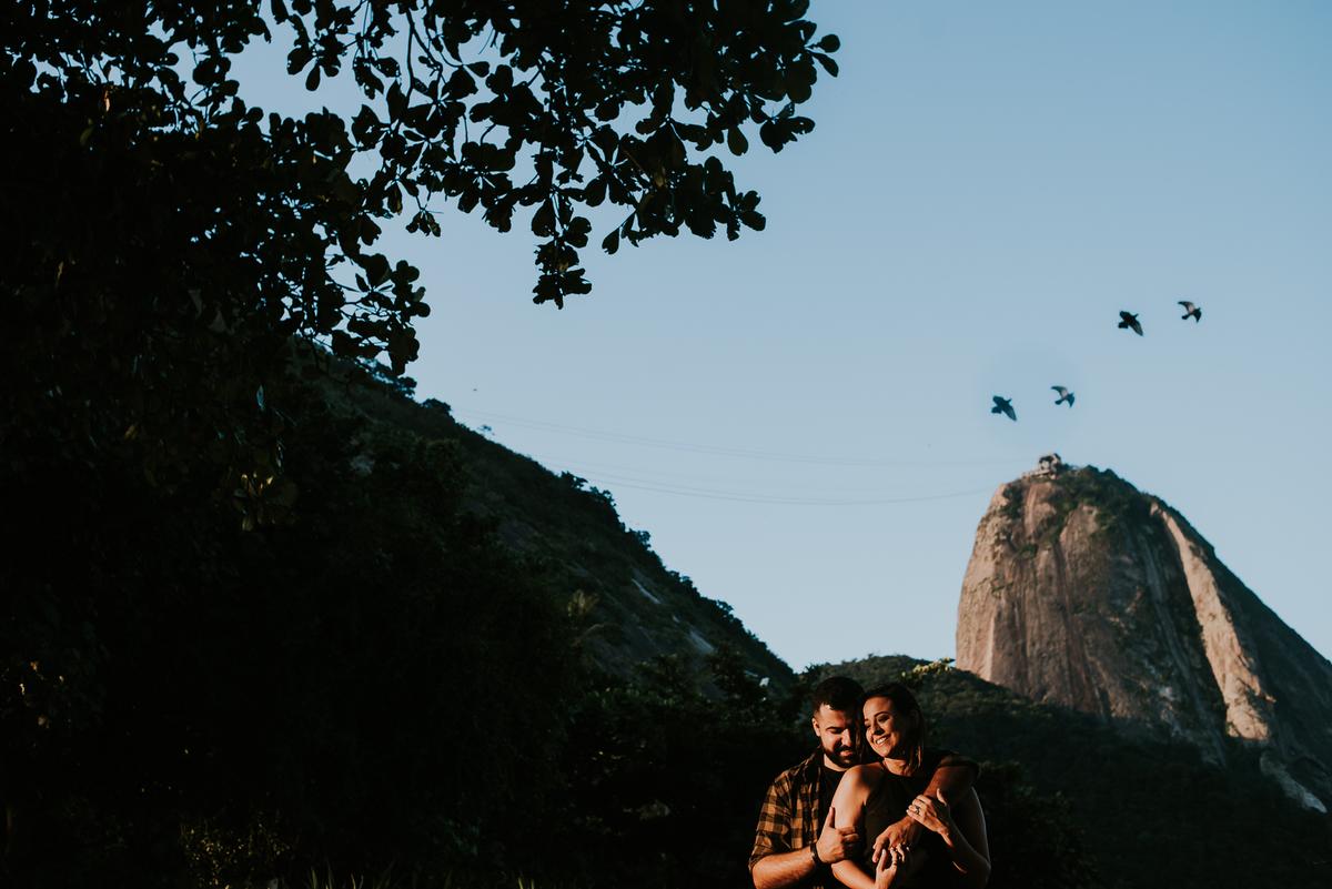 Imagem capa - E-SESSION | Carol e Caíque | Rio de Janeiro-RJ por Thamíris Macedo | TMacedo Fotografia