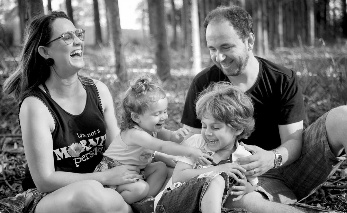 Sobre Fotografia de Familia, casamento, gestante, newborn, aniversarios - Pati Fabio fotografia