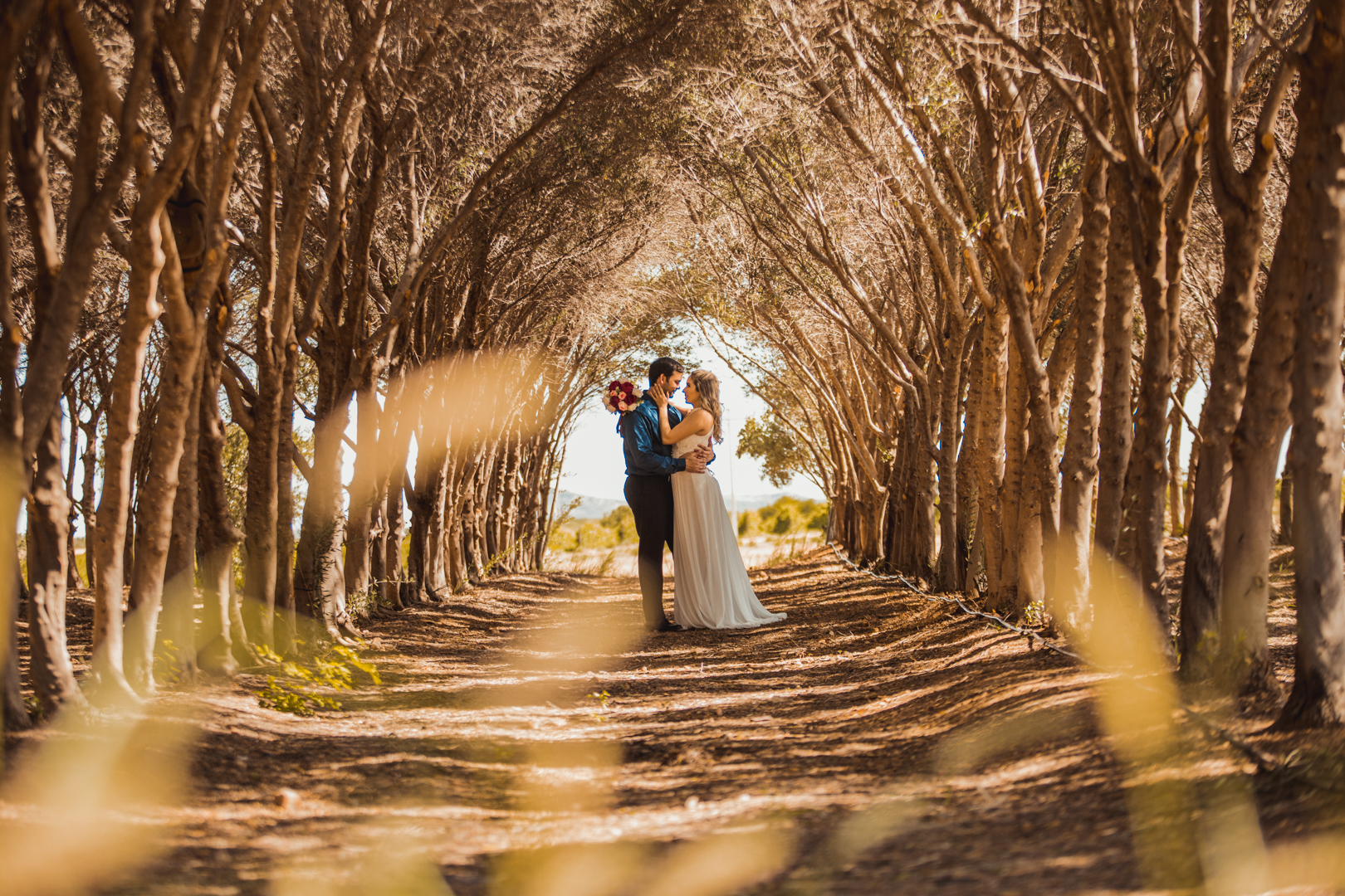 Contate Fotógrafo de Casamento, captura imagens espontâneas e com iluminação perfeita.
