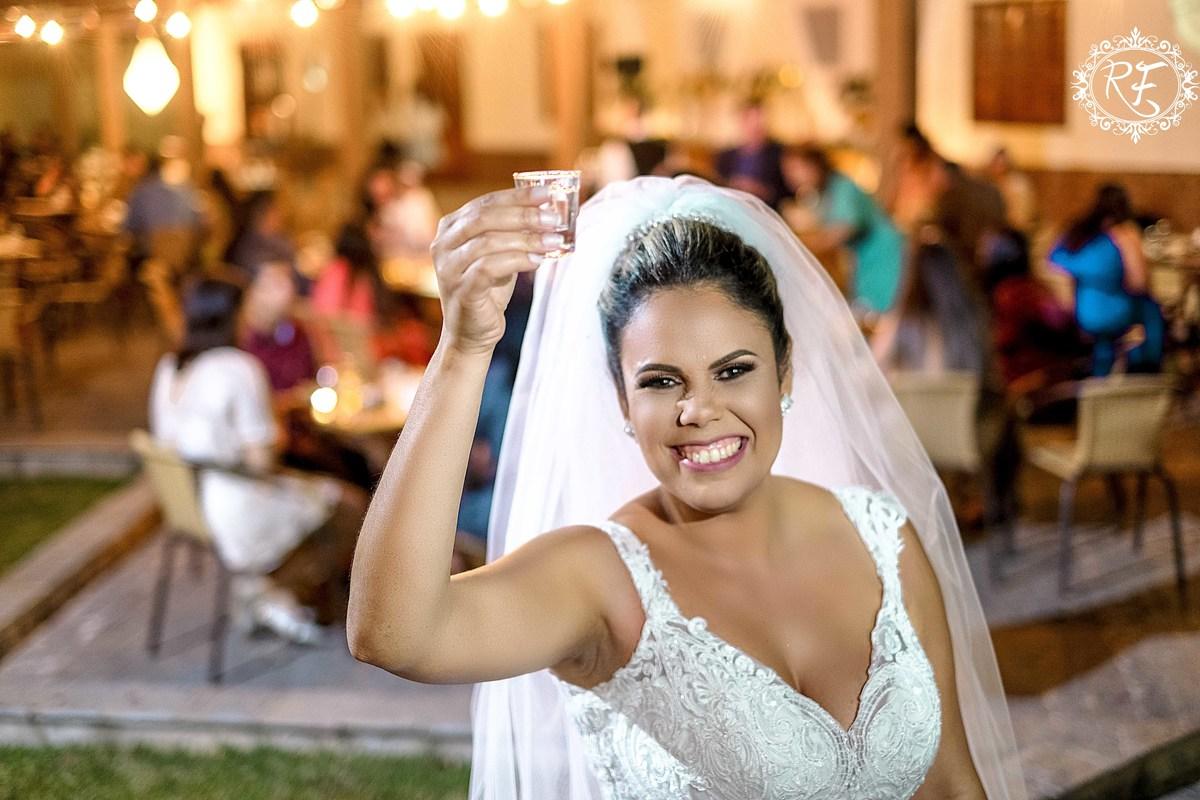 Imagem capa - Profissionais, fornecedores e equipe no casamento de Valdilene e Daniel por Renato Ferraz