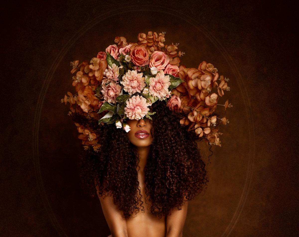Imagem capa - Retratos minimalistas em estúdio - Rabesh Vitória por Roberta Guido