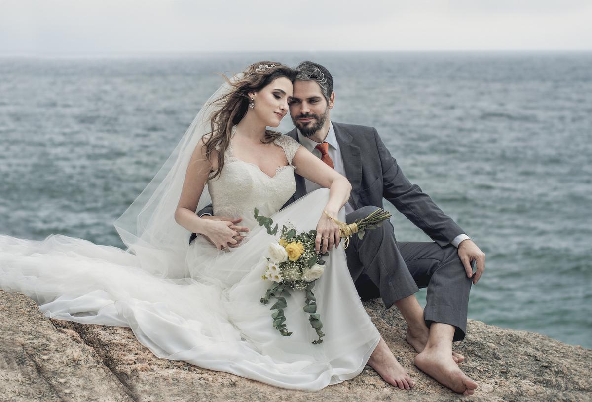 Imagem capa - O que é Street Wedding? Já ouviu falar? Conheça a nova moda entre os casais! por Roberta Guido