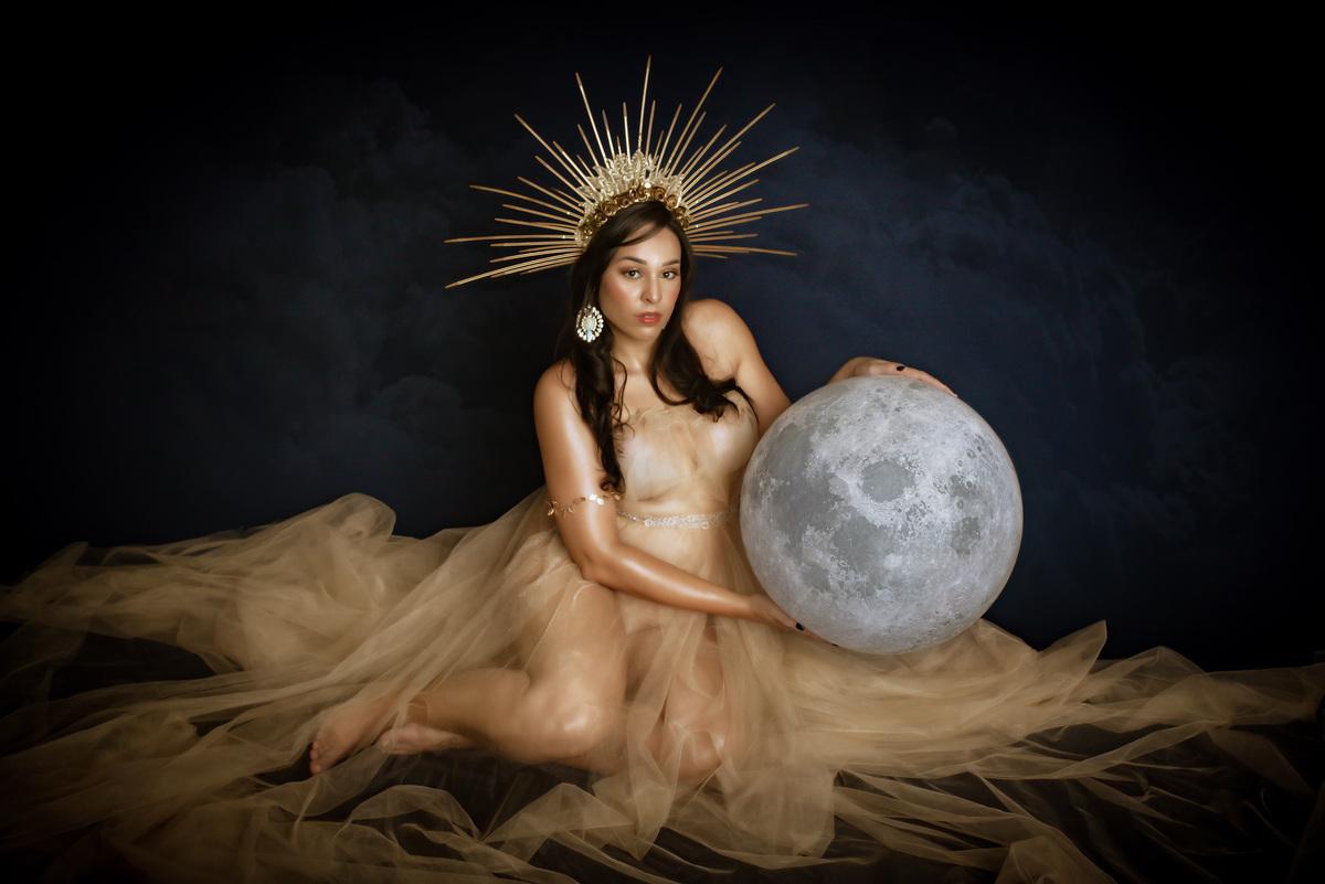 Imagem capa - Ensaio Fine Art / sensual em Estúdio - Izabelle por Roberta Guido