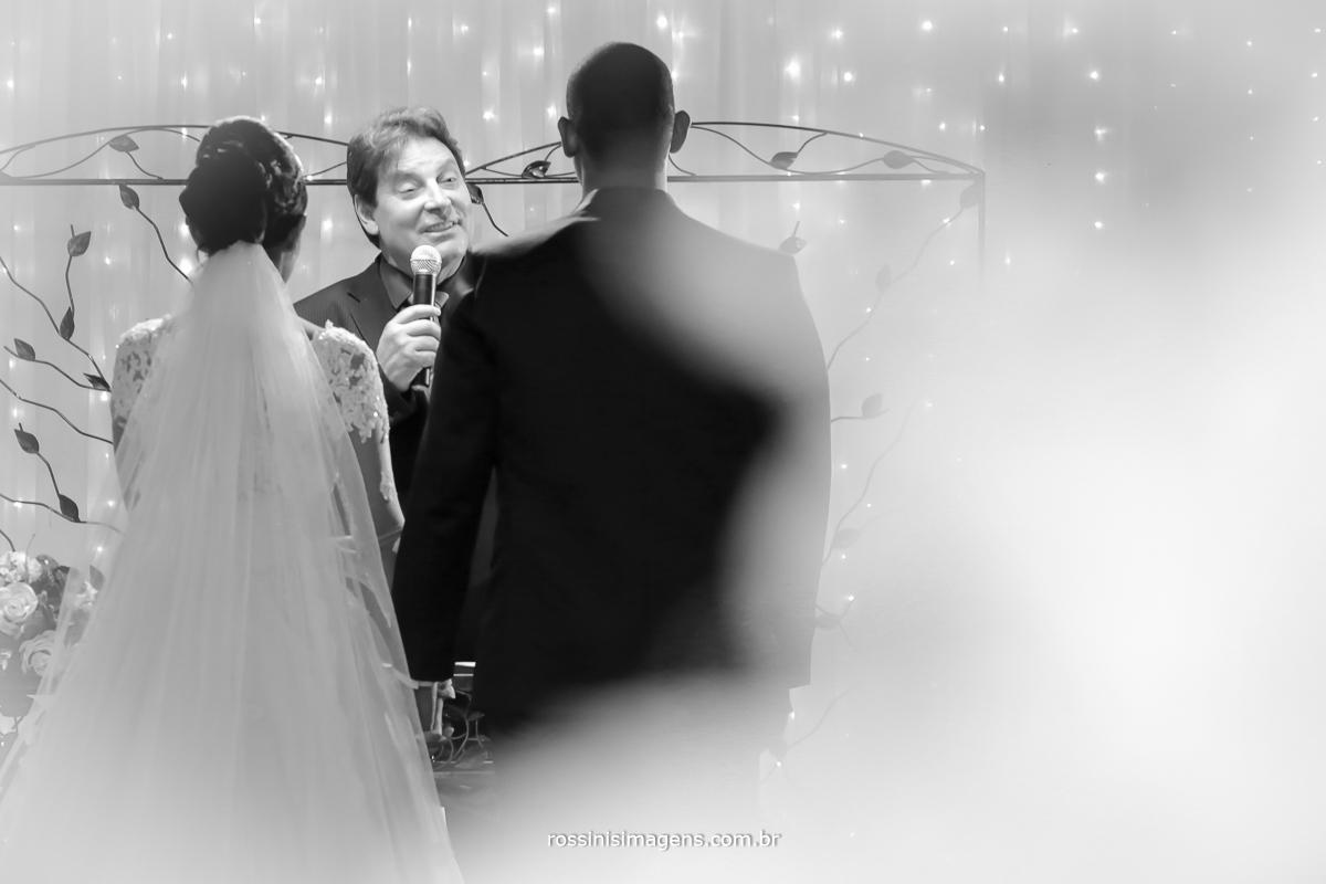 casamento-suzano-elaine-e-andre-chacara-encanto-das-aguas-suzano-sp-fotografo-de-casamento-rossinis-imagens-fotografia-e-video, mestre de cerimonia davi roberto