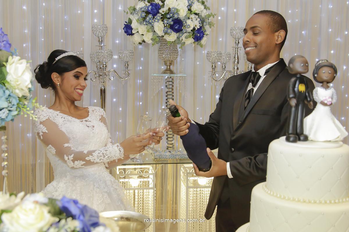 casamento-suzano-elaine-e-andre-chacara-encanto-das-aguas-suzano-sp-fotografo-de-casamento-rossinis-imagens-fotografia-e-video, brinde dos noivos